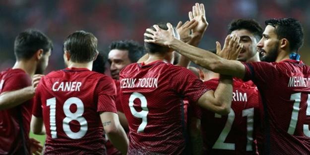 Türkiye - İsveç maçının ilk 11'leri belli oldu