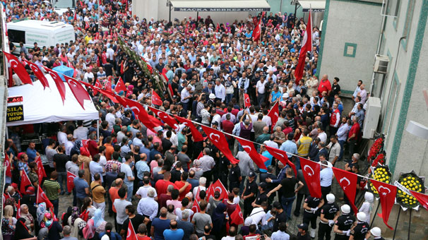Türkiye 'İyi varsın Eren' dedi… Böyle uğurlandı