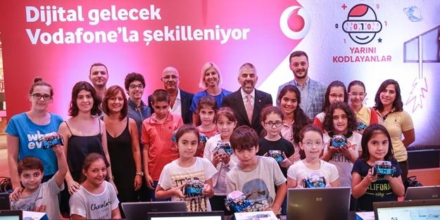 """Türkiye Vodafone Vakfı Ve Habıtat """"Yarını Kodlayan"""" nesiller için harekete geçti"""