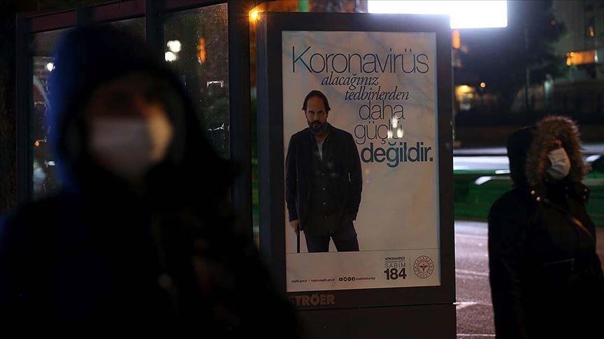 Türkiye'de koronavirüs korkusu genç ve yaşlılarda eşit