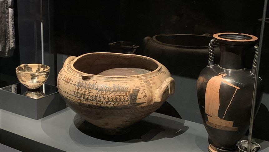 Türkiye'den çalınan eserlerle Londra'da Troya sergisi açıldı