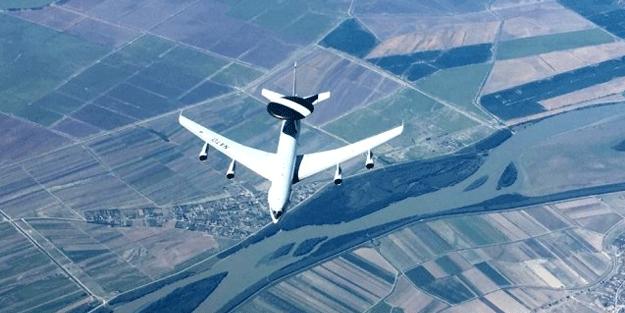 Türkiye'den NATO uçağına kritik ikmal