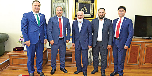 Türkiye'nin en genç katılım bankasından Akit'e ziyaret