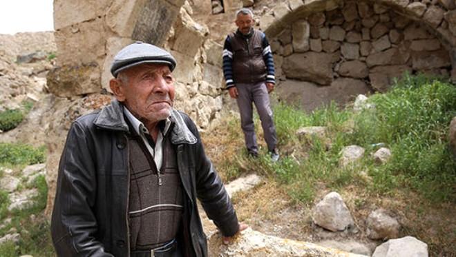 Türkiye'nin hayalet köyü! Sadece 2 kişi yaşıyor