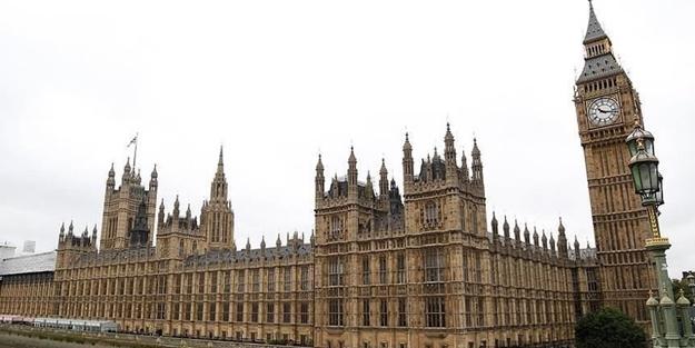 Türkiye'nin üstün çabaları İngiliz Parlamentosunda övüldü