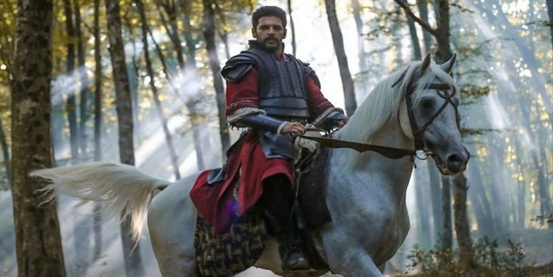 Türkler Geliyor: Adaletin Kılıcı filmi oyuncuları kim?