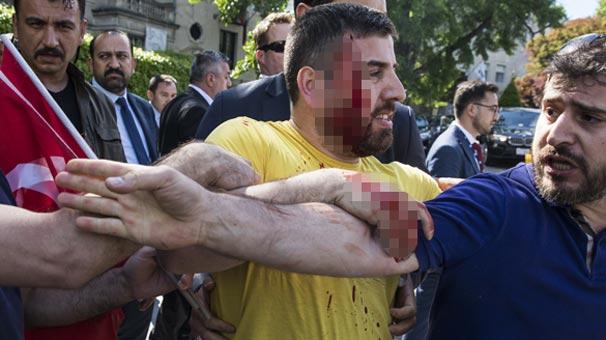 Türklere alçak saldırı! Amerika polisi müdahale etmedi...