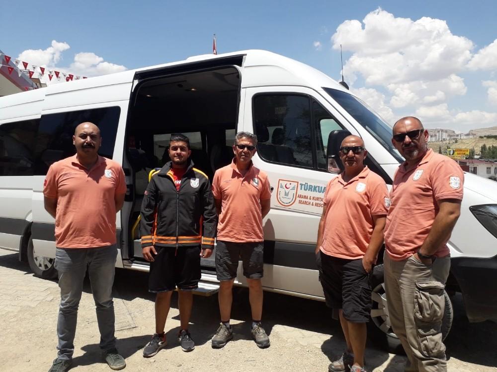 Türkuaz Sualtı ve Akarsu Arama Kurtarma ekibi Tunceli'ye gitti