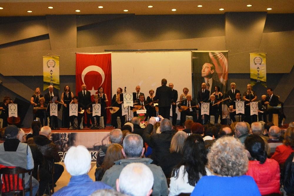 Türkülerle karış karış Anadolu'yu gezdirdiler