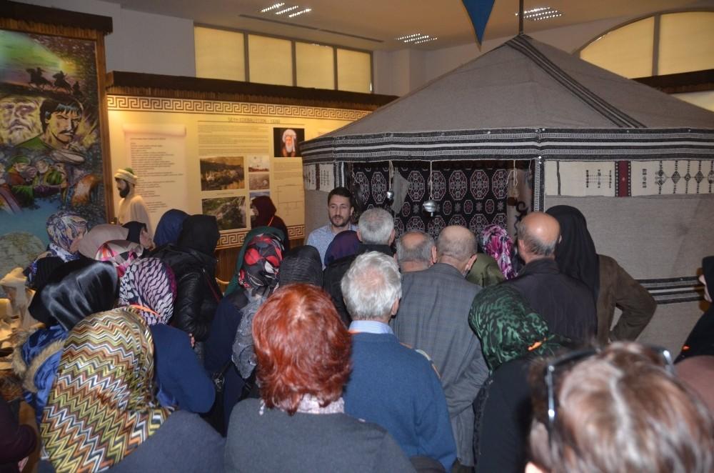 Üç bin ziyaretçi Bilecik'in tarihi yerlerini gezecek