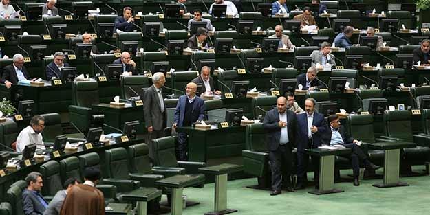 Ülke şokta! 11 milletvekilin koronavirüs testi pozitif çıktı