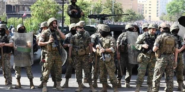 Ülkelerini bekleyen tehlikeyi açıkladılar: Askeri kurum çökebilir