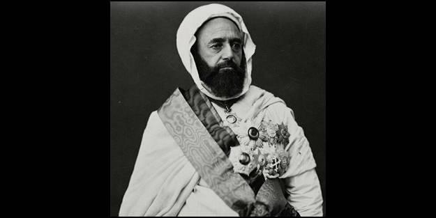 Ülkeyi karıştıran kanalın yayını durduruldu: Fransa'ya karşı mücadele eden Emir Abdulkadir'e hakarete büyük tepki!