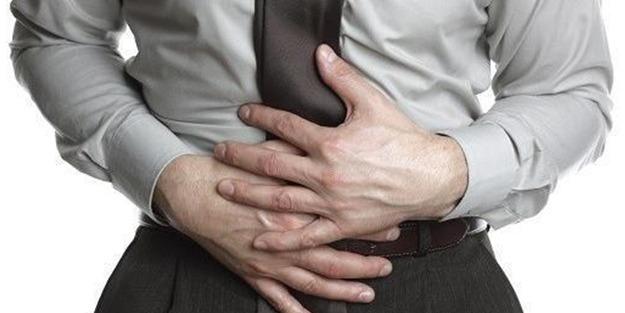 Ülseratif kolit ve Crohn hastalığı nedir kimlerle görülür belirtileri neler?