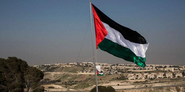 Ultra-Ortodoks Yahudiler, mahallelerini Filistin bayrağıyla donattı