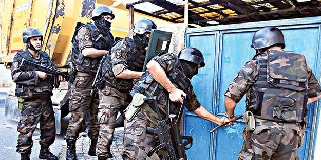 Ümraniye'de 400 polisle uyuşturucu operasyonu