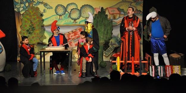 Ümraniye'de kültür sezonu açıldı