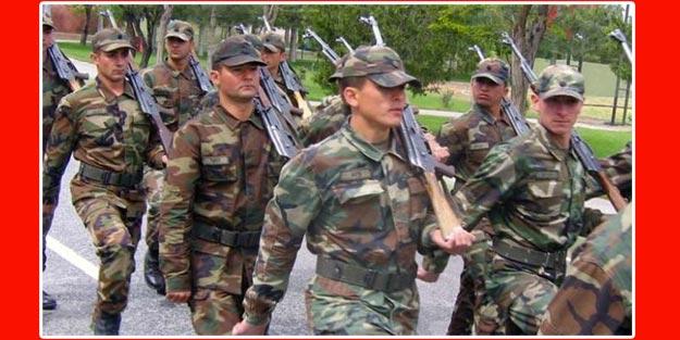 Üniversite mezunu askerliği ne kadar tecil ettirebilir?