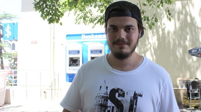 Üniversite öğrencisi Pokemon GO ararken 4 kilo verdi