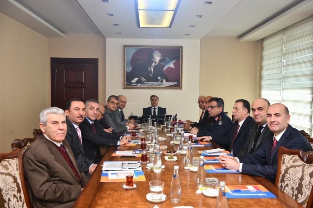 'Üniversitelerde Güvenlik Koordinasyon Toplantısı' Vali Su başkanlığında yapıldı