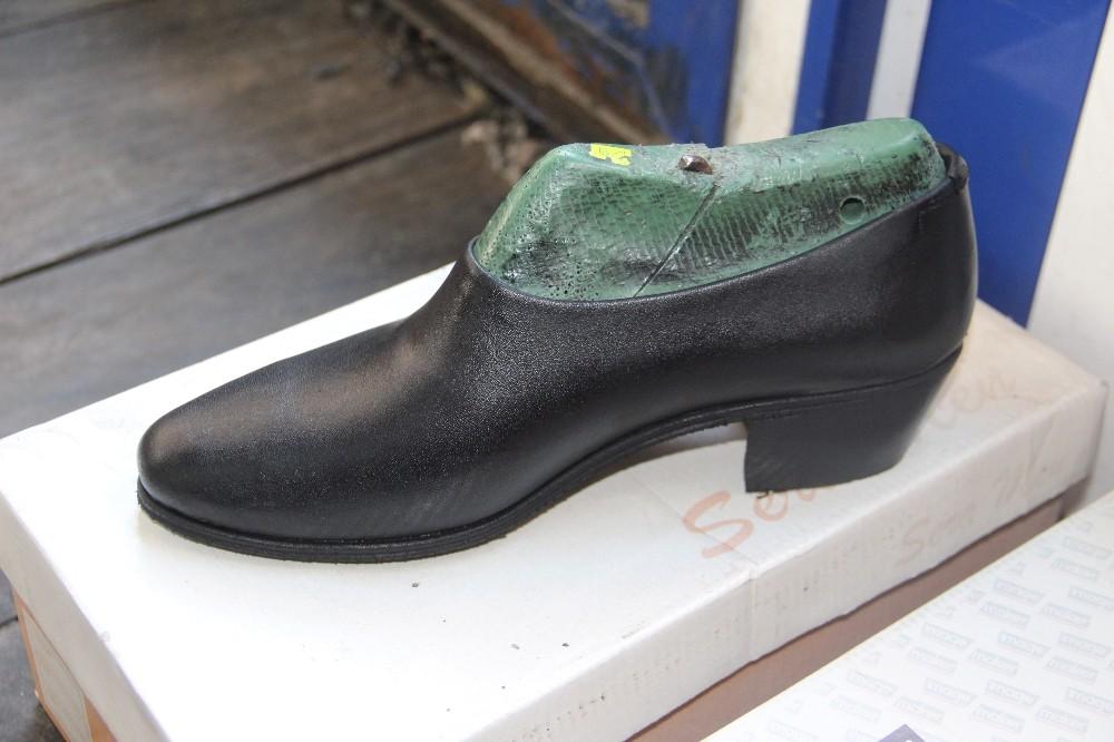 Ünlülerin giydiği yumurta topuk ayakkabı hala revaçta