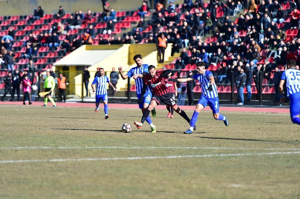 Uşakspor, Ergene Velimeşe Spor'u 2-0 mağlup etti