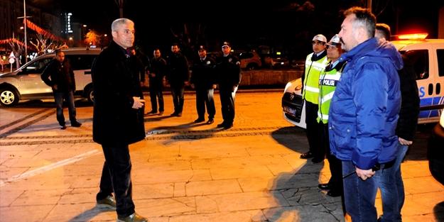 Gece yarısı bin polis acil koduyla çağırıldı