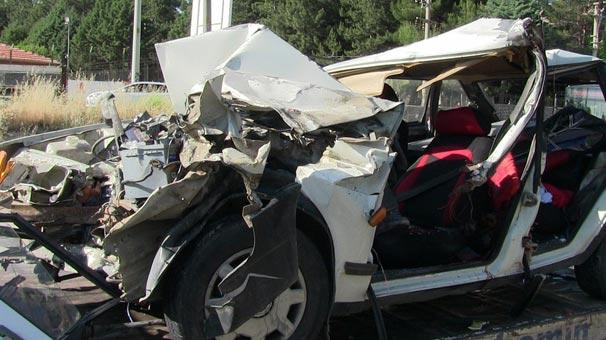 Uşak'ta trafik kazası: 1 kişi hayatını kaybetti