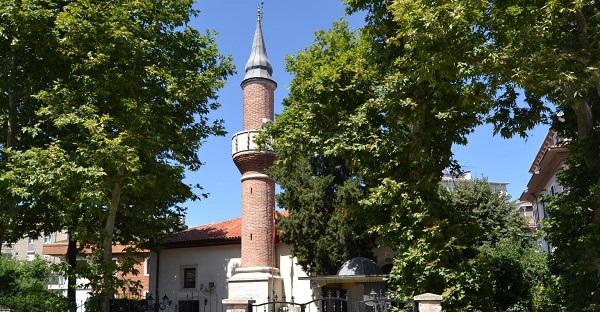 Üsküdar cuma namazı kılınacak camiler   Üsküdar'da hangi camilerde cuma namazı kılınacak?
