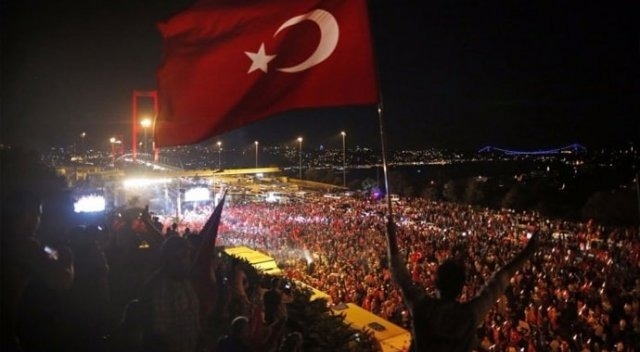 Üst akıl Türkiye'de farklı bir yoldan darbe peşinde…