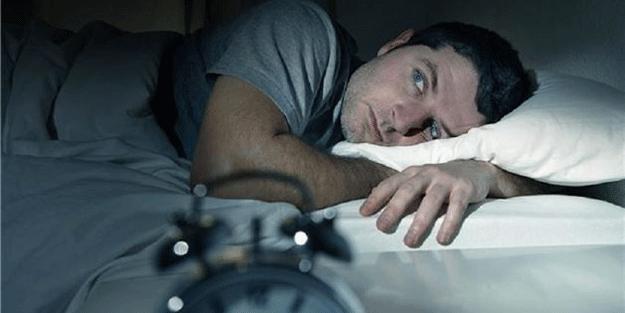 Uykusuzluk sorunu yaşıyorsanız bu habere dikkat! 90 saniyede uykuya dalabilirsiniz…