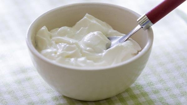 Uyumadan önce yoğurt yemek sağlık için yararlı mıdır?