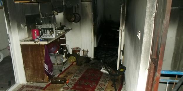 Uyuşturucu bağımlısı babasının evini yaktı