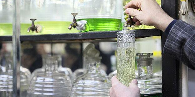 Uzmanı kolonya kullanımı konusunda uyardı: Böyle yaparsanız virüsün bulaşmasını kolaylaştırırsınız
