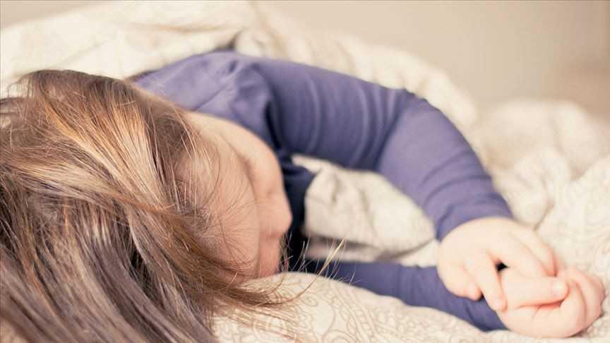 Uzmanından 'okul başarısı için 7 saatten az uyumayın' tavsiyesi