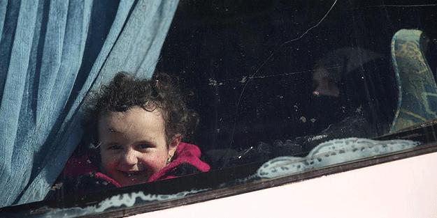 Vaer'den tahliye edilen bin 354 sivil Cerablus'a ulaştı