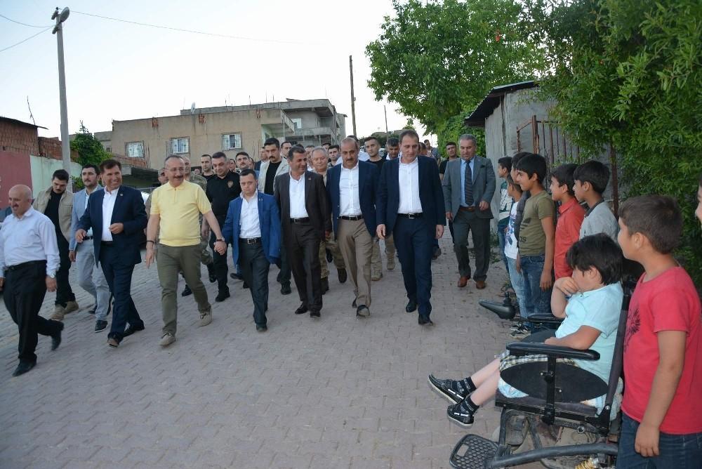 Vali Ali Fuat Atik, Atabağı beldesinde vatandaşlarla bir araya geldi