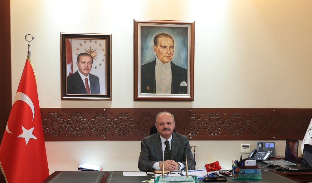 Vali Özdemir Çakacak'ın Jandarma Genel Komutanlığı'nın kuruluşunun 181'inci yıl dönümü kutlama mesajı
