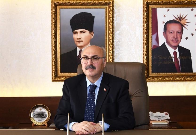 Vali Yavuz Selim Köşger, bayramda tedbirlere uyulması çağrısı yaptı