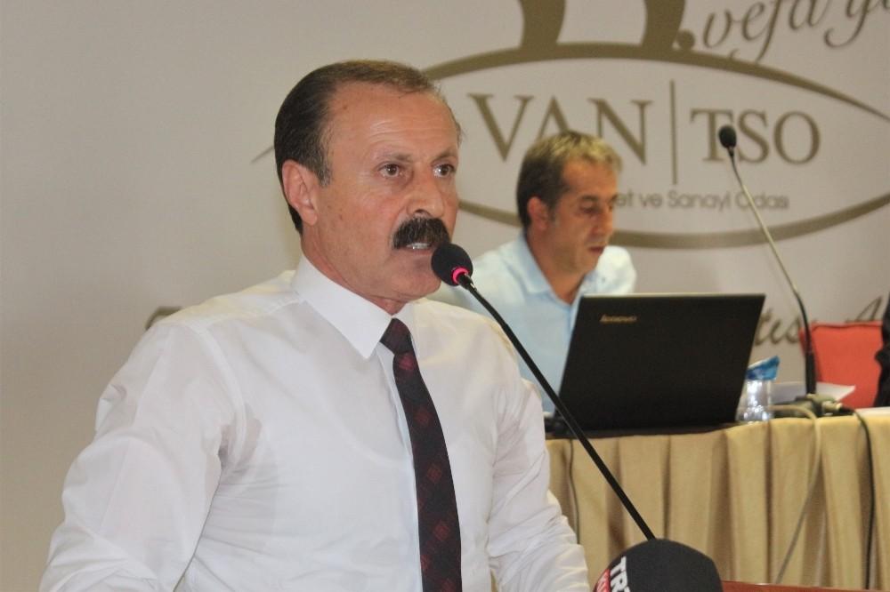 Van Büyükşehir Belediyespor Kulübü'nün adı ve logosu değişti