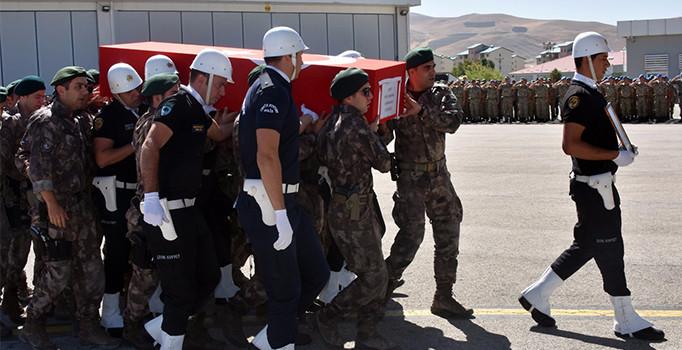 Van'da şehit polis Saka için tören düzenlendi