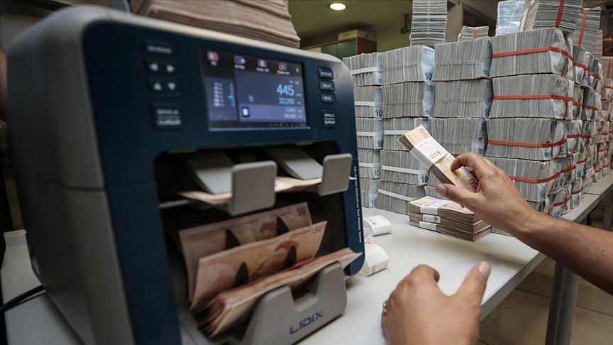 Vergi rekortmenleri listesinde 'finans sektörü' başı çekti