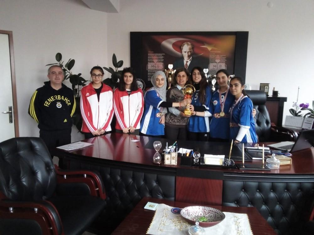 Vestel Mesleki ve Teknik Anadolu Lisesi başarıya doymuyor
