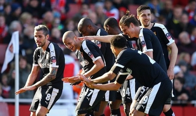 Watford kupada yarı finalde