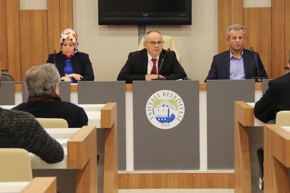 Yahyalı Belediye Meclisi 2020' Nin İlk Toplantısını Yaptı