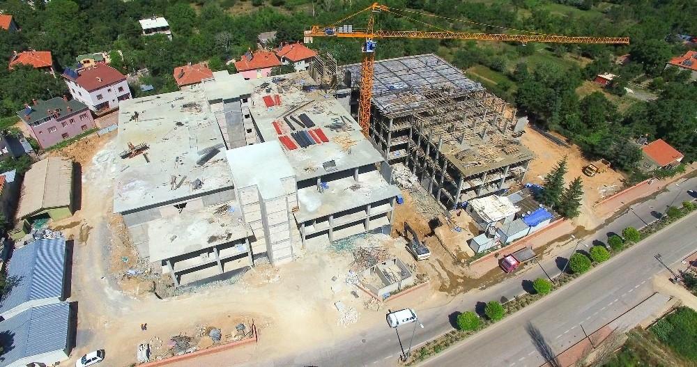 Yahyalı Devlet Hastanesi'nin inşaatı hızla sürüyor
