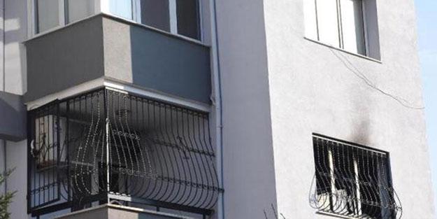 Yanan dairedeki aileyi, komşularının yardımı kurtardı
