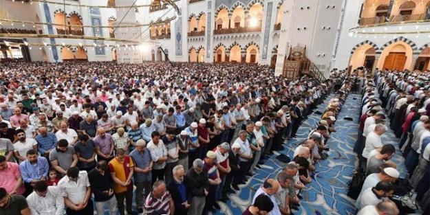 Yarın (6 Aralık Cuma günü) Cuma namazı kaçta kılınacak? İstanbul, Ankara, İzmir cuma namazı saatleri