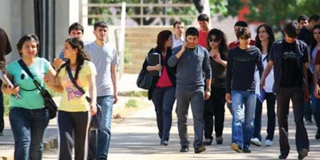 Yaz okulu ücretleri öğrenci ve velilerin belini büktü!