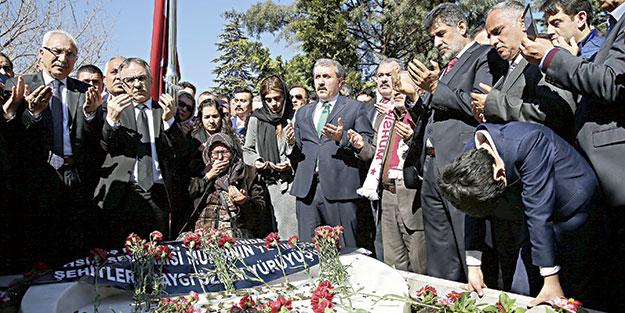 Yazıcıoğlu mezarı başında anıldı
